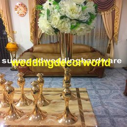 Decor Tables Australia - new style Antique Gold Candlestick Metal Candle Holder With flower bowl For Table Decor decor0797