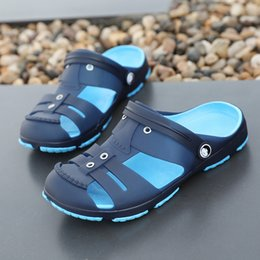 Men Slips Hot NZ - Slip-on Men Shoes Hot Men Sandals Summer Beach Sandals For Casual Shoes Outdoor Slippers Male Sandalias New Leather