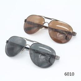 3dd90b89ec376 7 Fotos Compra On-line Óculos de sol retângulo atacadista-Cubojue atacado  mens polarizada óculos de
