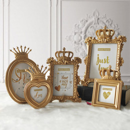 home decor crowns Canada - Fashion Baroque Style Photo Frame Gold Crown Decor Creative Resin Picture Desktop Frame Gift Home Wedding Decoration