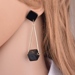 $enCountryForm.capitalKeyWord UK - New Acrylic Square Earrings Fashion Geometry Long Stud Earrings For Women Jewelry boucles d'oreilles pendantes E977