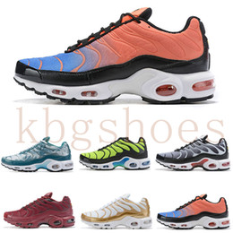 Venta al por mayor de nike TN plus air max airmax Venta caliente 2019 New Air Plus Shoes For Design Men Air Tn Qs Calzado deportivo 2019 Tn Requin malla transpirable negro blanco rojo zapatillas