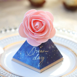 $enCountryForm.capitalKeyWord Australia - 50pcs European Simple Triangle Candy Boxes with Flower Wedding Party Supplies Gift Packing Box Baby Shower Favors Gift Box