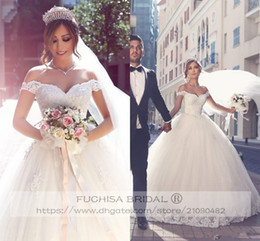 Ball Gown Wedding Dresses Australia - Elegant Off the Shoulder Ball Gown Wedding Dresses with Lace Trim Appliqued Tulle Bridal Gowns Wedding Gowns Custom Made
