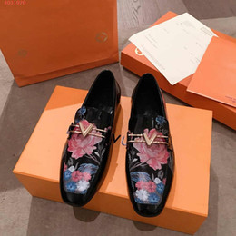 $enCountryForm.capitalKeyWord Australia - Hot Sale- women Ladies black peony print dress shoes European and american style genuine leather women shoes with the packing hot sale