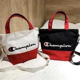 Venta al por mayor de Lienzo campeones bolso de mano cinturón de hombro del remiendo crossbody travle playa bolsas de compras del totalizador INS bolsos de boutique C3156