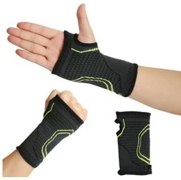 Skateboarding Gear Australia - 1pc Sport Protect The Palm Fitness Gloves Breathable Absorbent Sports Protective Gear Sports Gloves Fitness Equipment Protection