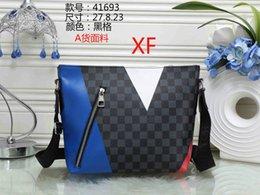 $enCountryForm.capitalKeyWord NZ - The DANUBE SLIM handbag Fashion Love heart V Wave Pattern Satchel Designer Shoulder Bag Chain Handbag Luxury Crossbody Purse Lady Tote bags