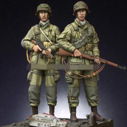 Resin Figures Australia - Free shipping 1 35 Resin Figures WW2 US 101st Airborne Trooper Set 2 Figures Unassembled unpainted J175
