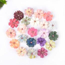$enCountryForm.capitalKeyWord Australia - 100 lotpcs 4.5cm Mini Silk Daisy Artificial Flower Head for Wedding Home Decoration Flowers Plants Home Decor Accessories