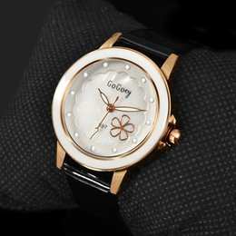 watches gogoey NZ - omen's Watches Quartz Wristwatches 2019 New Hot Sell Quartz Watch Women Gogoey Brand Luxury Leather Watches Rhinestone Designer Ladies Fl...