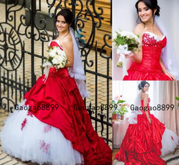 nigerian bridal train cap UK - 2020 Luxury Nigerian Dubai Arabic red Ball Gown Wedding Dresses Sweetheart lace up Bling Beaed lace Sweep Train elastic stain Bridal gowns