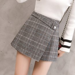 ladies woolen clothes 2019 - 2018 Spring Winter Plaid Wool Shorts Women Short Pant Clothing Korean Woolen Shorts Casual Office Ladies Bottoming Femme