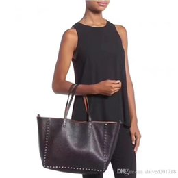 Platinum Ladies Handbags Australia - European assical style luxury fashion lady bag shoulder bag handbag leatherShopping bag fashion soft solid platinum package party package