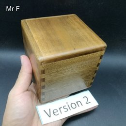 $enCountryForm.capitalKeyWord UK - Kid Gift 10 cm Phoebe Zhennan Hard Wood Puzzle Box Brain Teaser Game Toy Novelty Secret Box