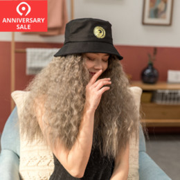 $enCountryForm.capitalKeyWord Australia - Wavy Curly Wig Hair With Hat Cup Very Realistic Smart Beautiful Fashion Lovely Cute For Teenager Young Party Club Bar Christmas