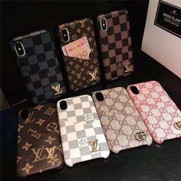 Venta al por mayor de Una pieza de lujo cubierta de cuero de la PU de la rejilla para el iPhone X XR XS MAX 8 7 Plus 6 6S diseñador moda signo teléfono contraportada caso