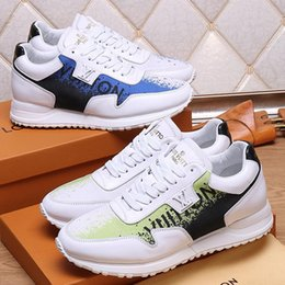 $enCountryForm.capitalKeyWord Australia - Male Fashion Shoes for Men Luxury Leather Men Shoes Casual Run Away Sneaker Chaussures pour hommes Vintage Mens Shoes Casual Design Sale