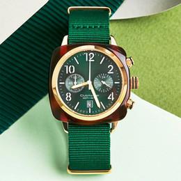3f955376d9a1 Alta calidad Relojes de lujo Al por mayor Artículos calientes mujeres  relojes Famoso nuevo reloj de pulsera de cuarzo Moda hombre relojes de  pulsera reloj ...