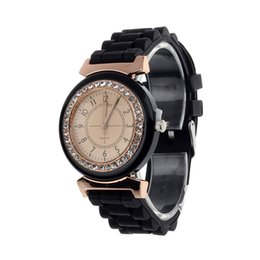 $enCountryForm.capitalKeyWord Australia - Hot Sale Rubber Band Watches Women Wrist Relojes Mujer 2019 Geneva Rhinestone Dial Quartz Analog Watch Men Luxury Hours #Zer