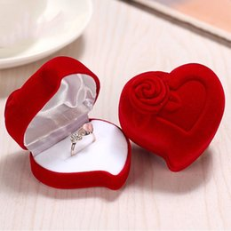 ring shaped earrings Australia - 1 Pc Mini Cute Red Rose Heart Shaped Foldable Case Display Jewelry Box Velvet Wedding Ring Earrings Box Holder