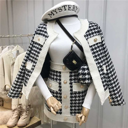 wollmäntel großhandel-Neue Herbst und Winter Retro Single Breaked Plaid Tweed Mantel High Taille Kurzer Rock Zweiteilige Set Damen Woll Rocksets