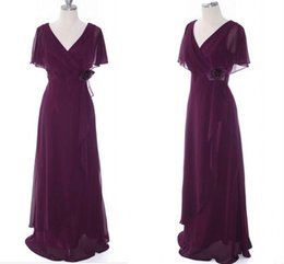 $enCountryForm.capitalKeyWord Australia - Dark Purple V-neck Mother Of Bride Dresses 2020 Short Sleeves Big Hand Made Flowers Pleated Draped Evening Formal Gowns Women Party Groom