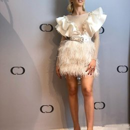 short long sleeve feather cocktail dress UK - 2020 Feather Cocktail Dresses with Ruffles Beaded Short Prom Gowns Long Sleeve Backless Sexy Celebrity Dress