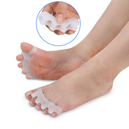 Bunion massager online shopping - Silicone Bunion Corrector Toe Separators Straightener Silicone Foot Care Bunion Protector Foot Care Tool Pro Massager RRA604