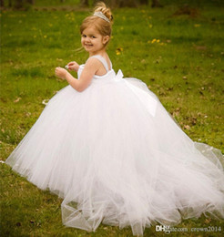 $enCountryForm.capitalKeyWord Australia - Formal Tulle Baby Princess Flower Girl Dresses for Wedding Party First Communion Dress Long Puffy Toddler Gown Bridesmaid Kid Evening Gowns