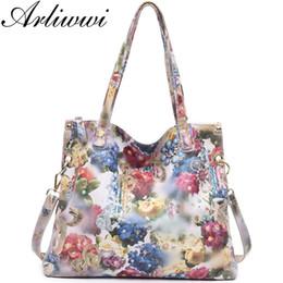 $enCountryForm.capitalKeyWord Australia - Arliwwi Brand Luxury Flower Designer Big Shoulder Bag 100% Real Leather Shiny Flower Blossom Embossed Lady Messenger Handbags J190616