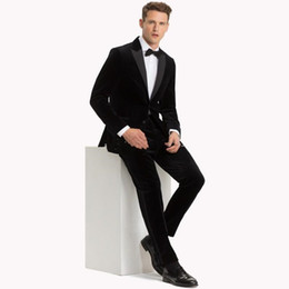 images fashionable suits Australia - New Fashionable Side Vent Two Buttons Black Velvet Wedding Groom Tuxedos Peak Lapel Groomsmen Men Suits Prom Blazer (Jacket+Pants+Tie) 052