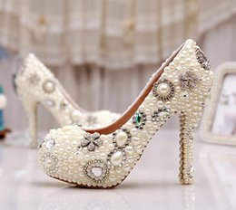 Amazing Design Dresses Australia - Elegant Ivory Pearl Party Prom Shoes Wholesale Amazing Custom Design Free Shipping Wedding Bridal Shoes Birthday Party Pumps