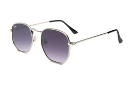 China 2019 Classic Square Sunglasses Women Glass Lens Vintage Sun Glasses Eyewear Driving Sunglasses Women Female Male UV400 Rays supplier female driving glasses suppliers