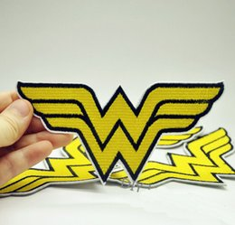 Wholesale Wonder Woman Embroidery Patches Cartoon Super Hero Sew Iron On Applique Repair Badge Clothes Patch Stickers For Jackets Jeans Garment Bag