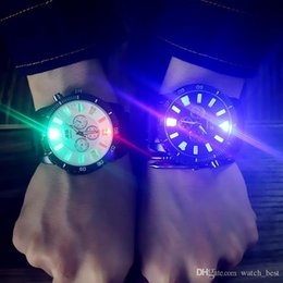 mens round cooling glass UK - Colorful Trend Cool Light Mens Womens Watches Luminous Fashion Large Dial Wristwatches Students Lovers Waterproof Quartz Men Women Watch