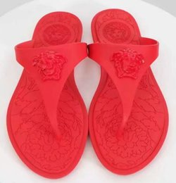 Chinese  Women Beach flip flops New arrived Top quality luxury fashion brand Seaside Vacation women Flat soft jelly Summer slippers plus size manufacturers