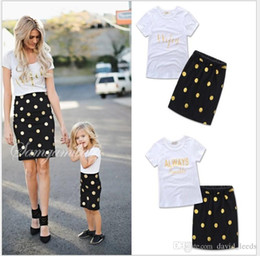 $enCountryForm.capitalKeyWord NZ - Mother And Daughter Summer Clothing Sets 2019 New Fashion Girls Letters Printed Short Sleeve T-shirt+Polka Dots Skirt 2pcs Set Girl Outfits