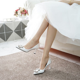 $enCountryForm.capitalKeyWord Australia - 1Dress Shoe Woman Sharp Rhinestone Silks And Satins White High-heeled Shoes Fine With Small Code 31 32 33 Bride Bridesmaid Full Dress Shoe