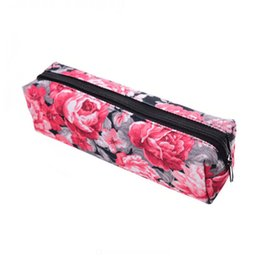 $enCountryForm.capitalKeyWord UK - Hot Red Rose 3D Printed Waterproof Makeup Organizer Storage Case Pouch Floral Kids School Pencil Bags Clutch Stationery Pouch