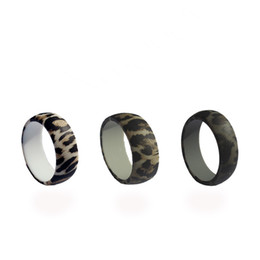 wide silicone band Australia - 3pcs 8.7mm Wide leopard print 3 colors pack men women fashion silicone rings Silicone Rubber Rings FDA Grade silicone Non-Toxic for lovers