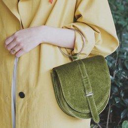 Hand Chain Ring Australia - Ring hand velvet bag INS extremely simple wind shake red net same saddle bag single shoulder slant chain bag girl