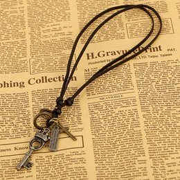$enCountryForm.capitalKeyWord Australia - 2 Colors Male Female Vintage Accessory Alloy Key Pendant Necklace for Women Jewelry Lady Cowhide Rope Chain Necklace for Gift
