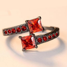 Finger Rings For Girls Australia - Red stone Cute girls finger Ring For Women fashion Austrian Square Crystal Black Color Fashion wedding Jewelry Brithday Gifts