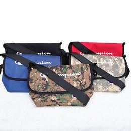 $enCountryForm.capitalKeyWord NZ - letter print Crossbody Bag Men Messenger Bags Canvas Shoulder Bag School Letter Tote Handbag Sports bag KKA7080