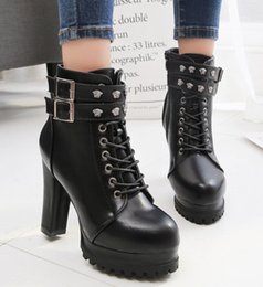 Wholesale European beauty boots autumn high heels thick with lace round head double row belt buckle Martin boots female
