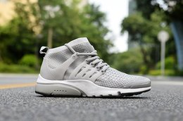 Spring Fall Canvas Shoes Australia - 2019 spring and autumn new men and women high top canvas leisure board shoes breathable running shoes with breathable mesh shoes n19