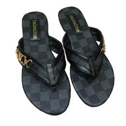 $enCountryForm.capitalKeyWord Australia - 2018 Summer Brand Women Sandals big size Designer Shoes Luxury flip flops sandals Fashion Wide Flat Slippery With Sandals Slipper flip flops