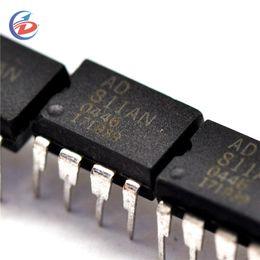 $enCountryForm.capitalKeyWord NZ - 2PCS lot AD811ANZ AD811AN AD811 DIP-8 IC Chip