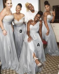 Venta al por mayor de Vestidos de dama de honor largos y plateados de un solo hombro Gasa con cuentas africanas Una línea Vestidos de dama de honor Vestido de novia de boda para niña